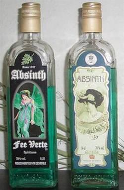 Две бутылки чешского абсента