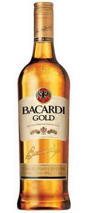Бутылка рома Бакарди