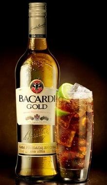 Золотой ром Бакарди с колой