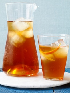 Чай пополам с ромом и фруктами