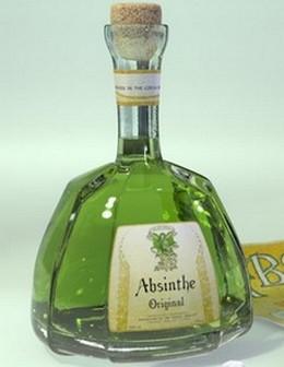 Бутылка домашнего абсента