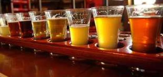 Бокалы с крафтовым пивом