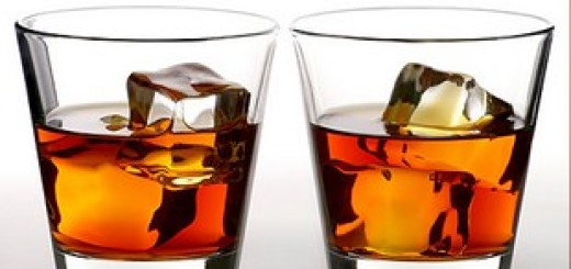Два бокала с ромом