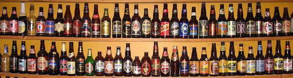 Магазинная витрина с пивом